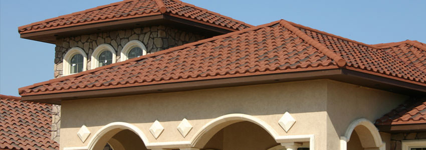 Beautiful shingled GAF roof on mansion